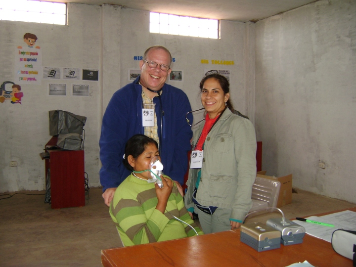 John (l) and Gabriela (r), spouses and Siempre Salud co-founders