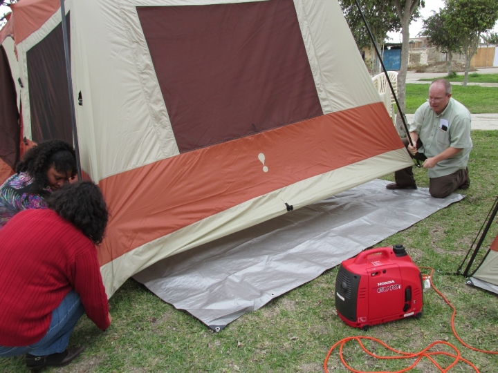 Erecting a tent, step 3